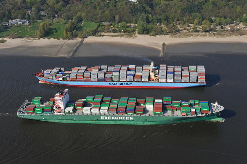 größer containerhafen der welt